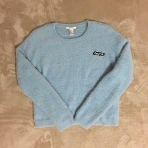 🔥 Fuzzy Blue Pastel Sweater.